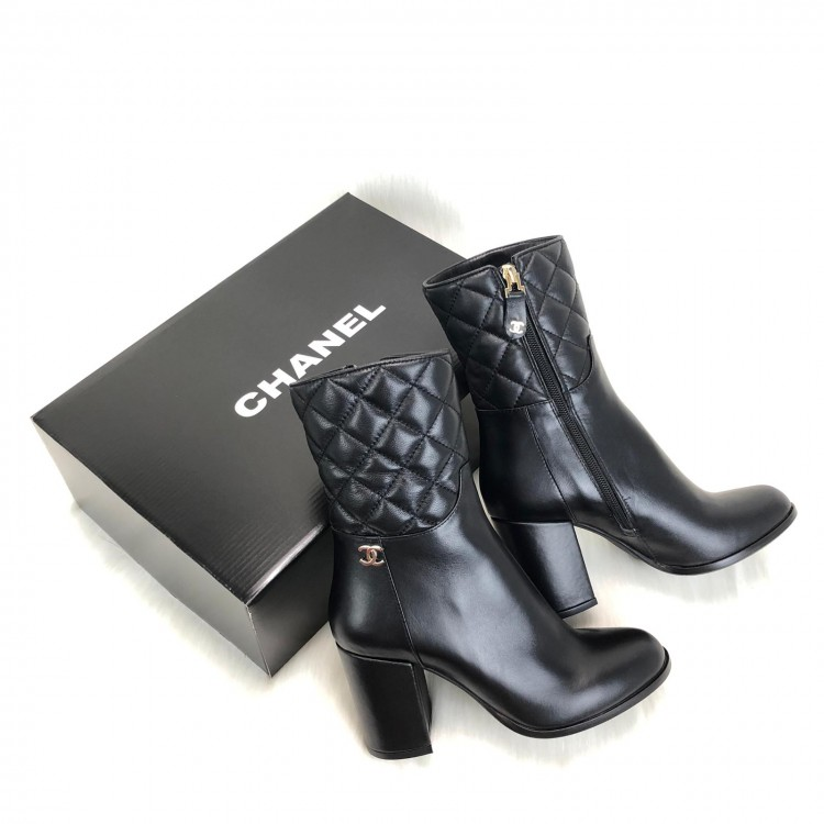 CHANEL QUİLTED ANKLE BOOTS KAPİTONE