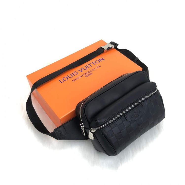 LOUİS VUİTTON OUTDOOR BUMBAG İNFİNİ