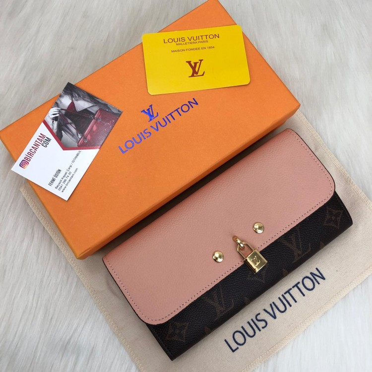 LOUİS VUİTTON VENUS WALLET PUDRA